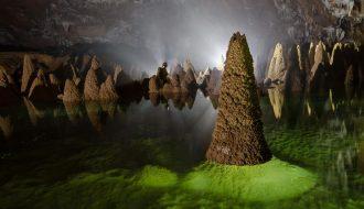 """Khám phá """"Thế giới hang động"""" ký bí ở Quảng Bình"""