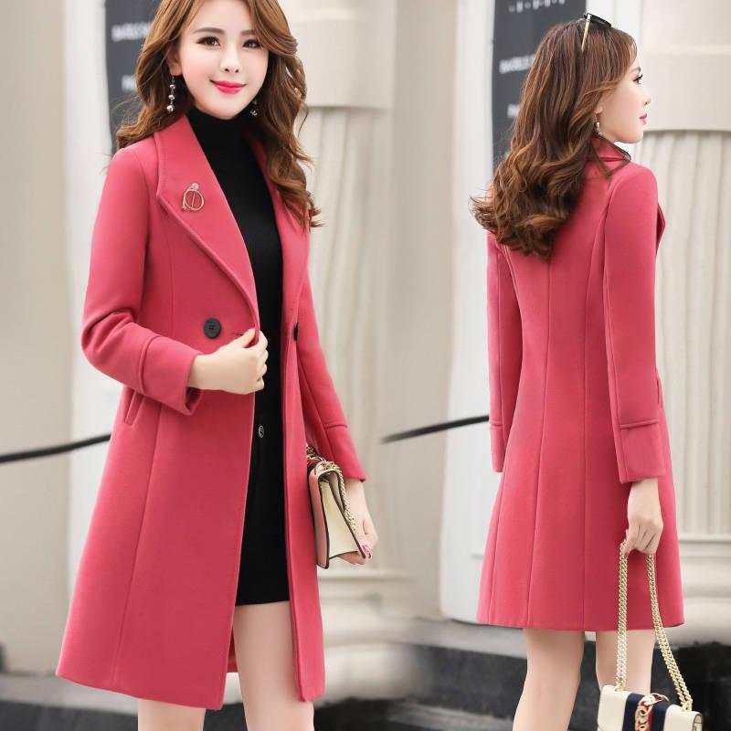Những chiếc áo khoác dạ với màu sắc tươi sáng sẽ giúp bạn trông tươi trẻ hơn