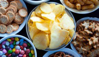 Những thực phẩm rút ngắn tuổi thọ bạn cần tránh xa